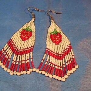 beaded strawberry dangle earrings
